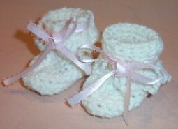 crochet infant booties