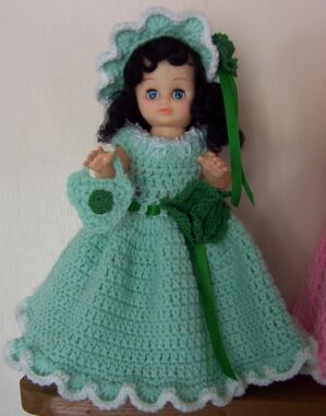 doll green dress