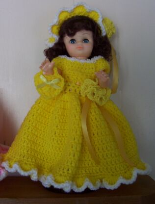 doll green dress