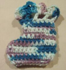 crochet baby booties image 3