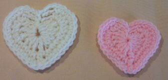 heart crochet pin cushion image 1
