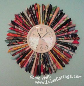 magazine fan clock