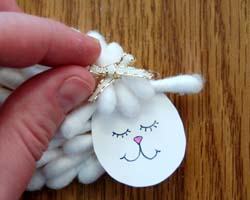 lamb cardholder image 12